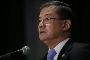 Secretary of Veterans Affairs Eric Shinseki speaks at a meeting of the National Coalition for Homeless Veterans in Washington Friday.