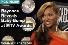Beyonce Reveals Baby Bump at MTV Awards
