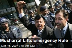 Musharraf Lifts Emergency Rule