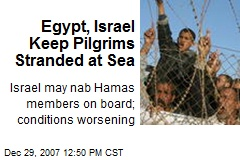 Egypt, Israel Keep Pilgrims Stranded at Sea