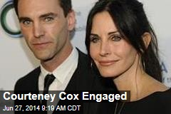 Courteney Cox Engaged