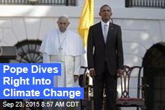 Obama Warmly Welcomes Francis