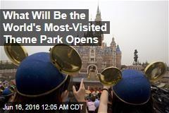 Communist Leaders, Disney Characters Open Shanghai Park