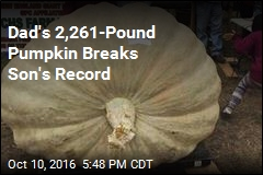 2,261-Pound Pumpkin Sets Record