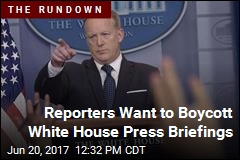 Reporters Want to Boycott White House Press Briefings