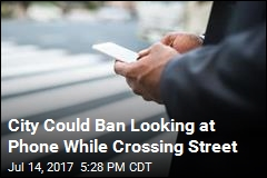 City Votes to Make It Illegal to Text While Crossing Street