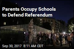 Parents Occupy Schools to Defend Referendum