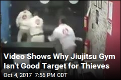 Would-Be Thief Chased Away by Jiu-Jitsu Students