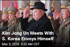 In Rare Move, Kim Meets S. Korea Envoys Himself