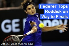 Federer Tops Roddick on Way to Finals