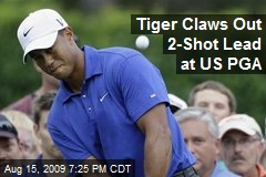 Tiger Claws Out 2-Shot Lead at US PGA