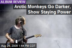 Arctic Monkeys Go Darker, Show Staying Power
