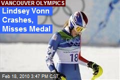 Lindsey Vonn Crashes, Misses Medal